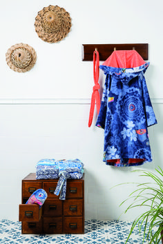 Cotton velour bathrobe Exotic Jeans with a floral print in blue.