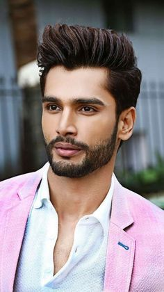 When beard paired with wrong hairstyle or face structure, it can be disastrous. Keep yourself updated with the Latest Modern Beard Styles For Men. Modern Beard Styles, Beard Styles For Men, Hair And Beard Styles, Indian Beard Style, Indian Man, Short Beard, Short Hair Cuts, Short Hair Styles, Indian Hairstyles Men