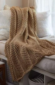 Zigzag Knit Throw | Stay warm, comfortable, and cozy when you knit this beautiful throw! Werfen, Blanket, Pattern, Knitting, Patterns, Economic Model, Comforters, Sweater Blanket, Blankets