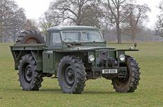 "Land Rover ""Big Foot"""