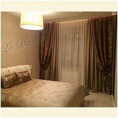 Оформляя спальню дизайнеры @decor_v_dome использовали #атласы #ORIENT_EXPRESS #galleria_arben для штор и подушек #bedroom #шторы #портьеры