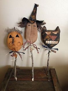 Primitive Black Folk Art Cat, Witch & Pumpkin Pokes Rusty Bells Fall/Halloween