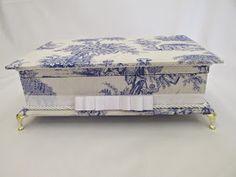 Blog sobre lembranças de casamentos, lembrancinhas de batizados, caixas para presentear padrinhos, madrinhas.