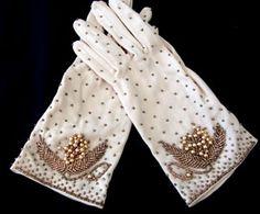 ivory colourd gloves
