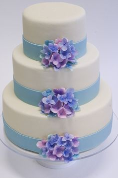 Hydrangea Flower Wedding #Wedding Cake| http://specialweddingcakeforyou.lemoncoin.org