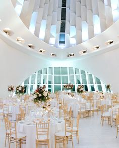 The Milwaukee Art Museum is such a beautiful and unique Wisconsin wedding venue. Wedding Videography by Vaughter Films. The Milwaukee Art Museum is such a beautiful and unique Wisconsin wedding venue. Wedding Videography by Vaughter Films. Wedding Reception Ideas, Modern Wedding Venue, Wedding Film, Wedding Art, Wedding Shoes, Wedding Unique, Church Wedding, Budget Wedding, Dream Wedding