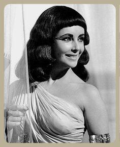 Elizabeth Taylor Cleopatra, Disney Characters, Fictional Characters, Disney Princess, Projects, Log Projects, Blue Prints, Fantasy Characters, Disney Princesses