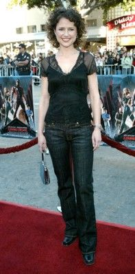Short Hair Jean Louisa Kelly, Buy Jeans, Overalls, Short Hair Styles, Satin, Actresses, Poster, T Shirt, Pants