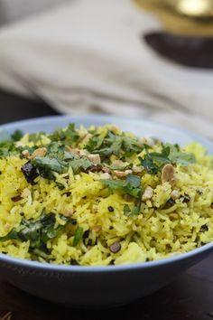 [indisch] Namkeen Nimbu Chawal - gelber Zitronenreis
