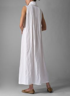 PLUS Clothing - Linen Sleeveless Cowl Neck Long Dress, add a neutral coloured cardio around the waist for shape and layering. Mode Pop, Vetements Clothing, Plus Clothing, Cowl Neck Dress, Linen Dresses, Cool Outfits, Dress Up, Summer Dresses, Boho