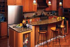 Galley kitchen design photos galley kitchen floor plans for Galley kitchen update ideas