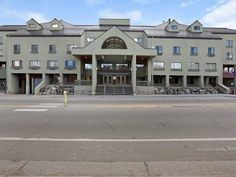 Breckenridge (CO) The Village Hotel United States, North America The Village Hotel is conveniently located in the popular Warrior's Mark area. The hotel has everything you need for a comfortable stay. Take advantage of the hotel's free Wi-Fi in all rooms, 24-hour front desk, business center, babysitting, family room. Comfortable guestrooms ensure a good night's sleep with some rooms featuring facilities such as television LCD/plasma screen, air conditioning, heating, refrigera...