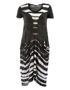 On Special Offer - Crinkle dress from #Lauren #Vidal in a pearl / moka stripe combination. The main fabric is a very dark brown. Machine washable at 30 degrees, delicate. To retain the crinkle effect you should try gently twisting/scrunching the garment after washing and then leave it to dry. No ironing, so it's ideal for the holiday suitcase - the more you squash it the better the crinkle!