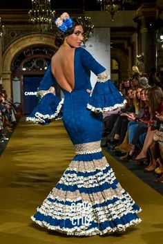 WLF 2017 Spanish Woman, Spanish Ladies, Glam Dresses, Formal Dresses, Flamenco Dancers, Spanish Fashion, Blue And White Dress, African Fashion Dresses, My Style