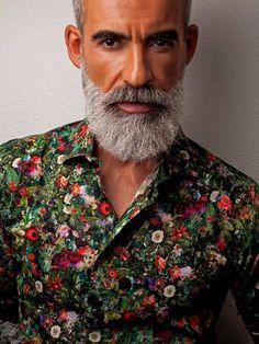 Hair men white silver foxes 20 new ideas Beard Styles For Men, Hair And Beard Styles, Beard Images, Beard Haircut, Beard Game, Men With Grey Hair, Gray Hair, Grey Beards, Silver Foxes