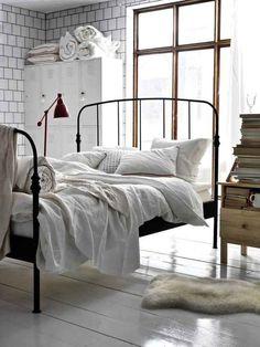 Cambia la ubicación de tu cama.