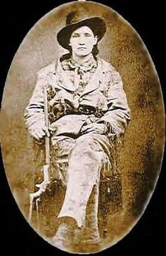 The Real Story- Wild Western Women: Calamity Jane Vintage Pictures, Old Pictures, Old Photos, Victorian Pictures, Pinstriping, American History, Old West Outlaws, Westerns, American Frontier