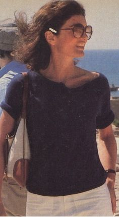 11.1985-08-Jackie-Kennedy_18153460584.jpg_article_gallery_slideshow_v2