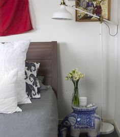 No room for a light on your bedside table? Put a freestanding RANARP lamp in the corner | Love the oriental theme in Jessica's bedroom | live from IKEA FAMILY