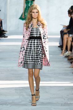 Diane von Furstenberg at New York Fashion Week Spring 2015 - Runway Photos London Fashion Weeks, New York Fashion, Diane Von Furstenberg, 2015 Fashion Trends, Mix, Fashion History, Types Of Fashion Styles, Fashion Prints, Ideias Fashion