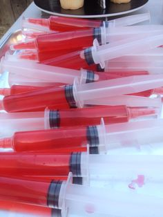 these syringes are jell o shot syringes not actual medical ones they halloween drinkshalloween - Halloween Punch Alcohol