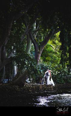 looks like a tropical rain forest wedding!