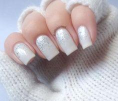 gradient & glitter nails