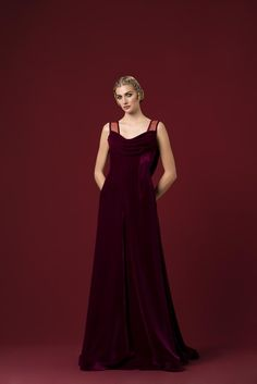 Velvet Gown, Tauriel, Ny Fashion, Aw17, Ball Gowns, Royalty, Fall Winter, Culture, Indian