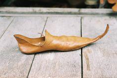 Os Pontiagudos Alongados – Sapatos Medievais