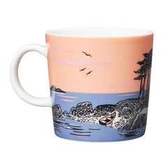 A special Moomin mug from Arabia on Moomin's Day – for sale only for 24 hours Moomin Shop, Moomin Mugs, Tove Jansson, Tableware, Kitchen, Mugs, Dinnerware, Cooking, Tablewares