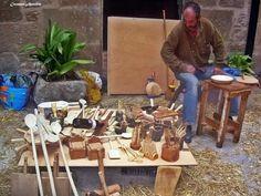 Artesano. Foto de carmen aparicio, mercado medieval de Torá de Riubregós, Catalunya