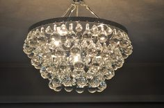 Image from http://www.bungalowblueinteriors.com/storage/bling%20chandy%205.jpg?__SQUARESPACE_CACHEVERSION=1351522053342.
