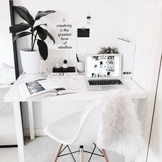 workspace inspo☝getting ready for monday with the lovely home office of style blogger Madelene at @maddvv, good night and sweet dreams! ✨ __ get inspired, follow @interior.hunter ✨ __ #interior123 #interior125 #interior444 #interior4all #interiorinspo #interiorinspiration #interiørmagasinet #interiorstyling #passion4interior #interior_and_living #interiorwarrior #interiorandhome #interior2you #nordicinspiration #nordichome #homedesign #homedeco #interiorforinspo #homeinterior…