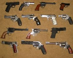 guns01lh0.jpg 640×508 pixels