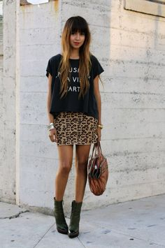 printed tee and leopard skirt- would wear with black tights #leopardskirt #blacksweater