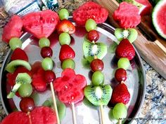 Summer Fun for Kids: Make your own Fresh Fruit Bouquets!