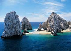 Unique Places to play : Explore the beaches of Cabo San Lucas, Baja California Sur, México