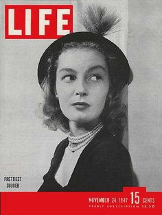 Life Magazine, November 1947 - New York subdebutante Look Magazine, Magazine Art, Magazine Covers, Creepy Comics, Etsy Co, Life Cover, Vintage Magazines, Vintage Photos, Vintage Comics