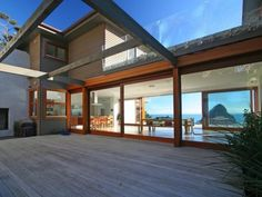 STUNNING AND SENSATIONAL27 Glenesk Road Piha View map Listing # 1600039 Listed 21 Mar 2014