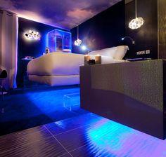 Levitating Room @ Hotel Seven, Paris