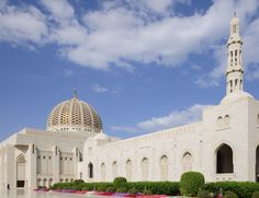 NOW ALSO – Culture Muscat / Oman from Dubai, fly with FlyDubai, stay Sifawy Boutique Resort, for 1981 DHS, book the package on Holiday Factory  www.holiday-factory.com  Photo: Sultan Qaboos Grand Mosque