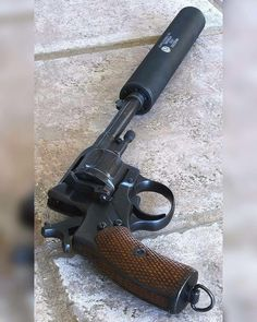 Nagant revolver with supressor Survival Weapons, Weapons Guns, Airsoft Guns, Guns And Ammo, Survival Gear, Pocket Pistol, Bushcraft, Tactical Knives, Tactical Guns