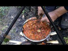 Cu tigaia-n spate - Zacuscă de ghebe şi ghebe murate - YouTube Romanian Food, Griddle Pan, Food Videos, Beef, Canning, Tourism, Youtube, Salads, Meat