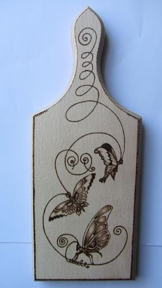 HAND CARVED WOODEN Chopping Board BUTTERFLY ART PYROGRAPHY free shipping to EU