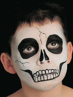 Are you in need of some Halloween costume ideas? See this great skeleton Halloween face paint idea that will impress at any Halloween party. See our other children's face paint ideas. Kids Skeleton Face Paint, Ghost Face Paint, Skeleton Costume Kids, Skeleton Face Makeup, Scary Face Paint, Zombie Face Paint, Half Skull Makeup, Skull Face Paint, Halloween Eye Makeup