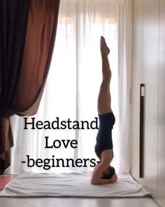 The actual power yoga? Do this series from yoga instructor and Yoga Handstand, Yoga Bewegungen, Yoga Flow, Yoga Meditation, Yin Yoga, Handstands, Vinyasa Yoga, Handstand Training, Yoga Inversions