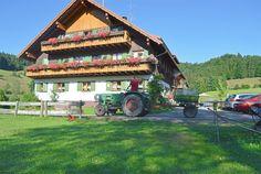 Startseite - Finkenhof in Oberstaufen   ruhige und zentrale Lage im Allgäu, Kinderbauernhof, Ferienwohnungen, Doppelzimmer, Mehrbettzimmer, Urlaub auf dem Bauernhof, Kinderparadies, Tiere