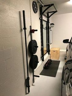 A garage workbench is an important tool in any home workshop. A workbench will permit you to total jobs easily and with higher precision. Home Workshop, Garage Workshop, Home Gym Garage, Crossfit Garage Gym, Garage Entry, Garage Floor Paint, Home Gym Design, Basement Renovations, Basement Ideas