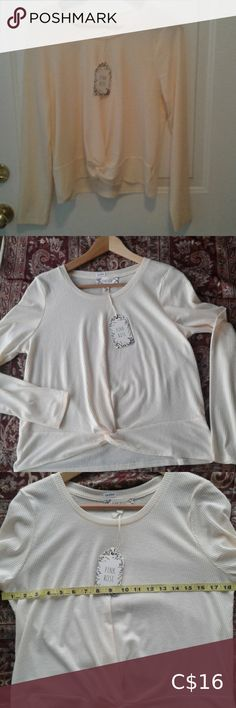 Pink Rose cream top juniors knotted front Pink rose juniors long sleeved top with knotted front. Measurements in pics. Cream Tops, Plus Fashion, Fashion Tips, Fashion Trends, Long Sleeve Tops, Pink Ladies, Spandex, Shape, Tees