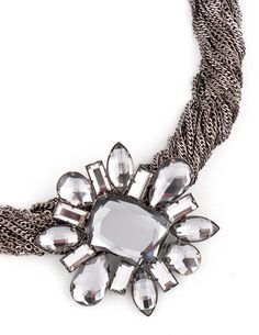 Daisy chain necklace by Rich & Stack - Just lovely